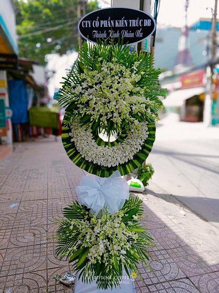 Đặt hoa tang lễ quận 10