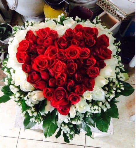 Bó hoa hồng hình trái tim