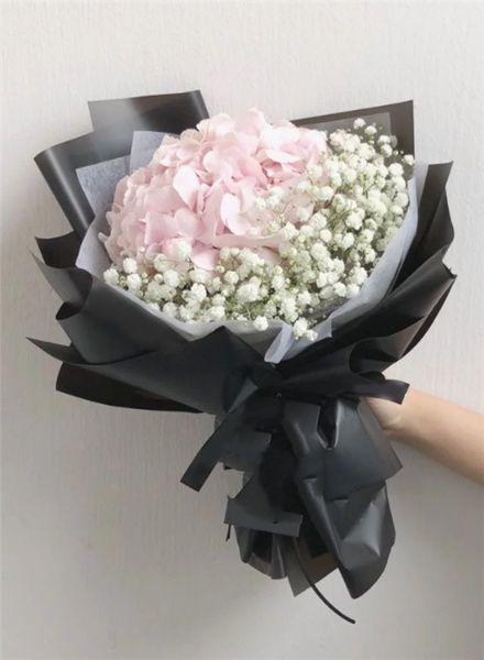 Bó tú cầu hồng siêu đẹp