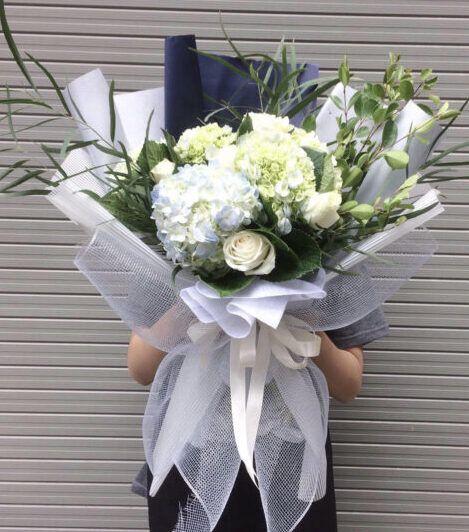 Hoa cẩm tú cầu tặng vợ