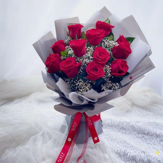Bó hoa hồng đỏ tặng bạn gái đẹp nhất thế giới