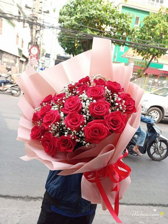 Bó hoa hồng đỏ giấy gói đẹp