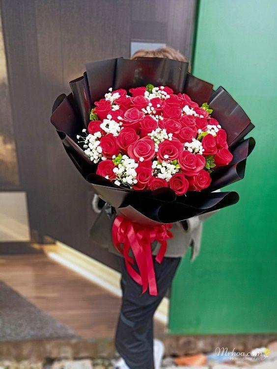 Bó hoa hồng đỏ xinh đẹp