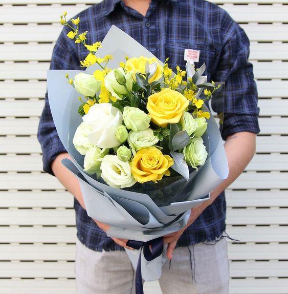 Bó hoa màu vàng đẹp nhất thế giới