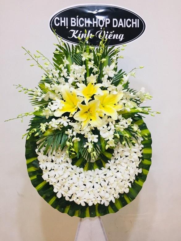 Hoa tang lễ Âu Cơ