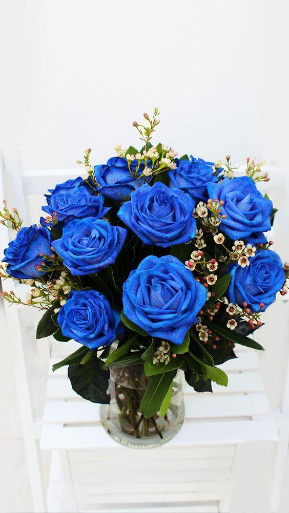 Bình hoa hồng xanh