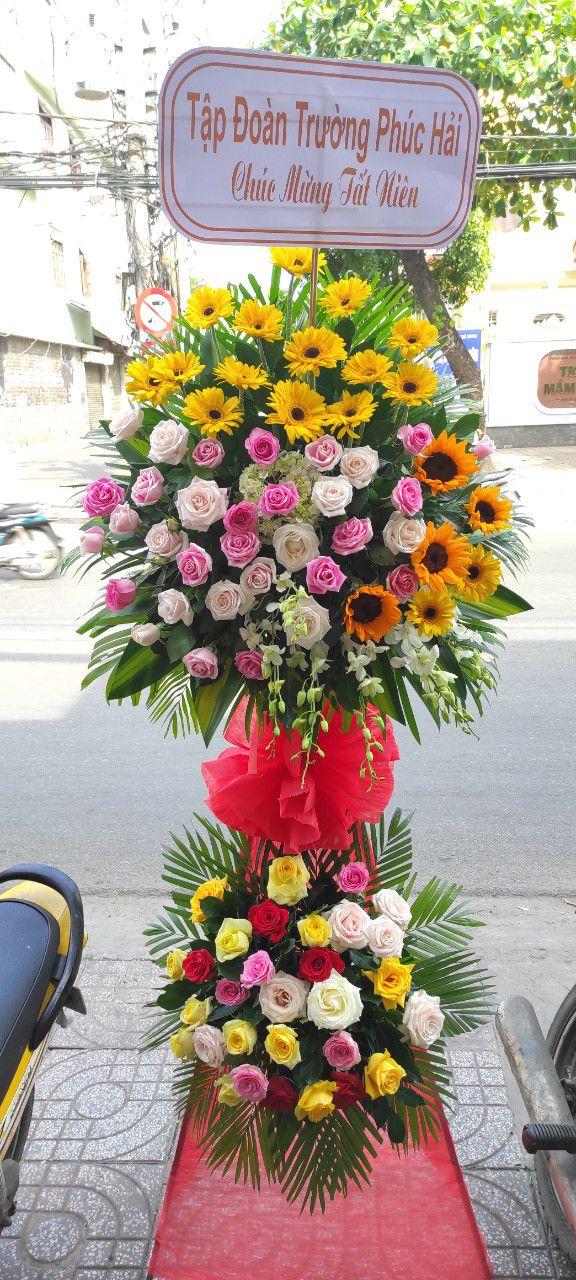 Kệ hoa mừng khai trương ở Nhơn Trạch