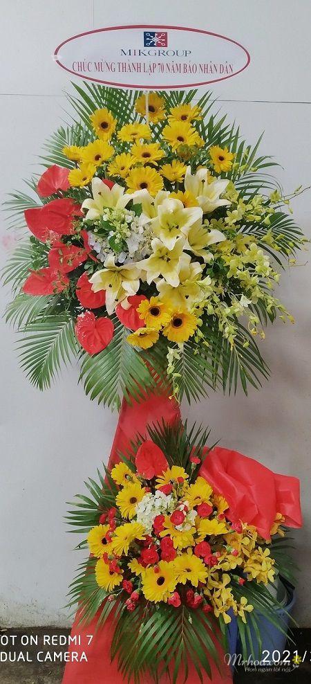Mẫu hoa chúc mừng tại Càng Long