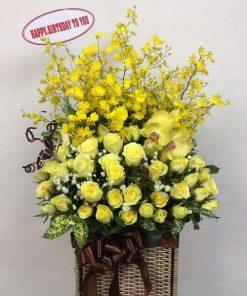 Bó hoa sinh nhật màu vàng