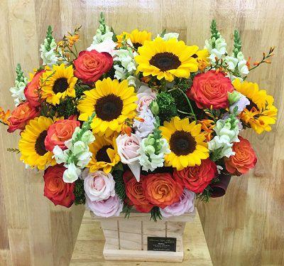 Hoa hộp gỗ hoa tươi phước long