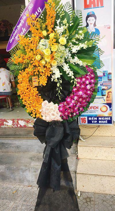 Hoa tang le thi xa huong tra hue