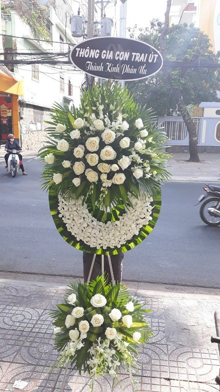 Hoa tang lễ Long An