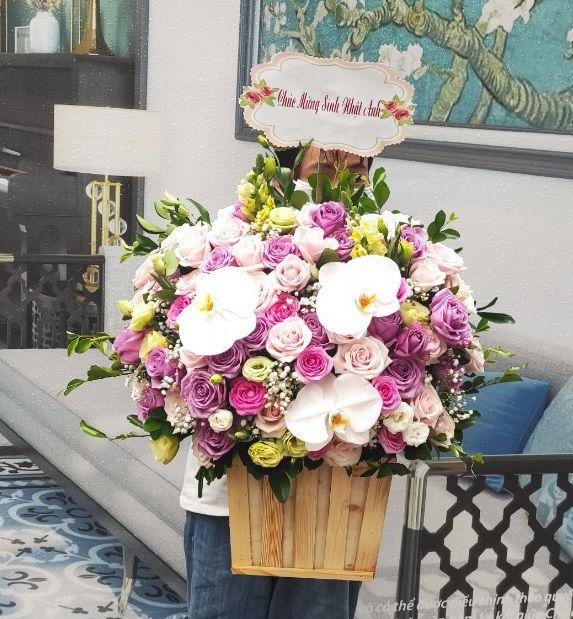 Đặt hoa tại Ba Đình