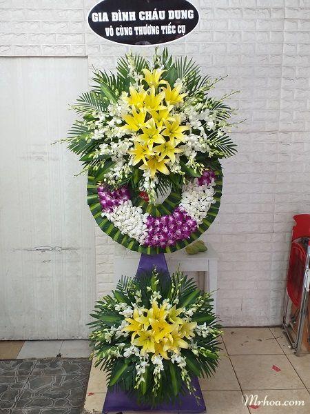 Hoa tang lễ ở thị xã Bình Minh