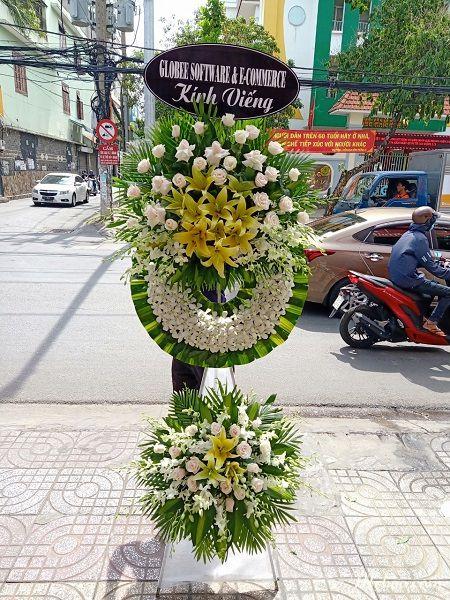 Hoa đám tang Ngũ Hành Sơn