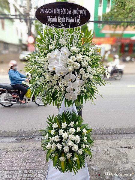 Đặt hoa tang lễ Thủ Dầu Một