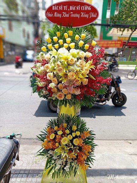 Hoa khai trương ở Bình Thuận