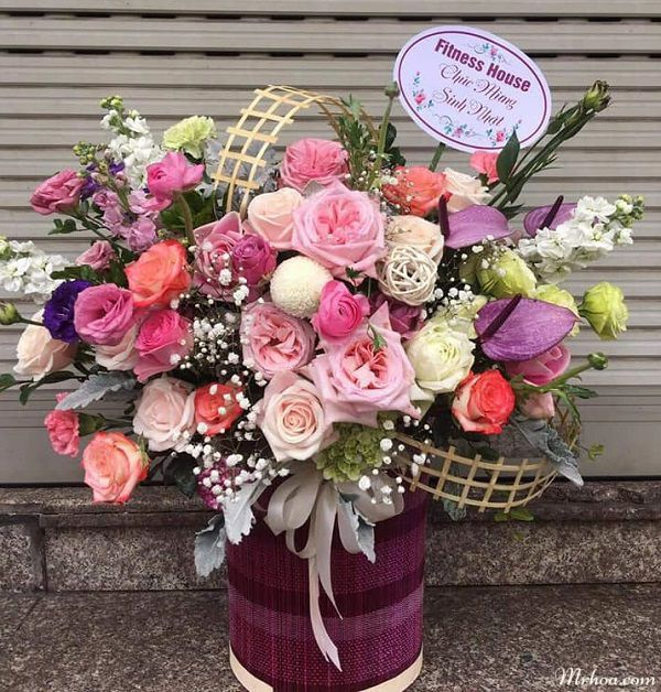 Shop hoa quan hong bang