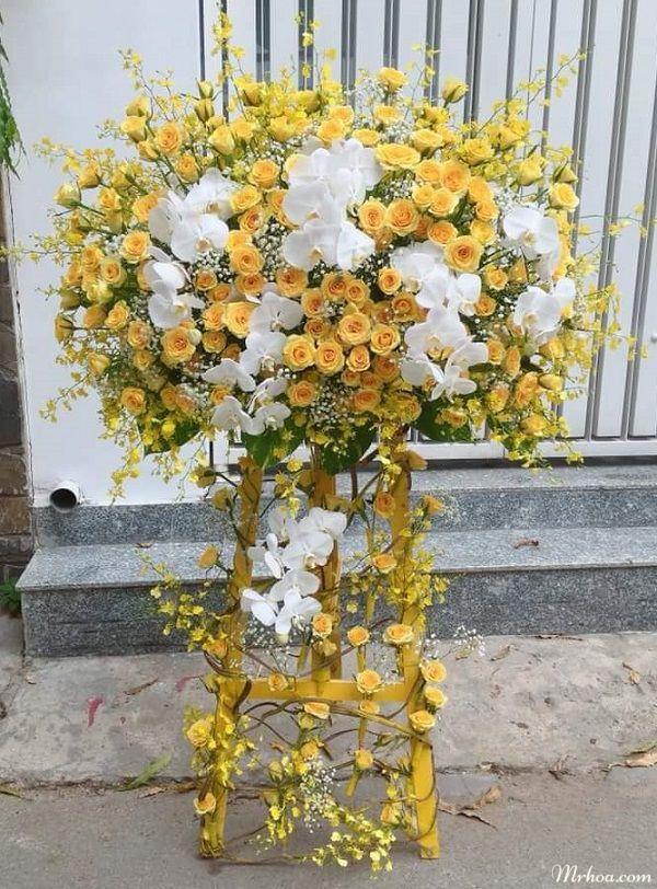Hoa mung khai truong