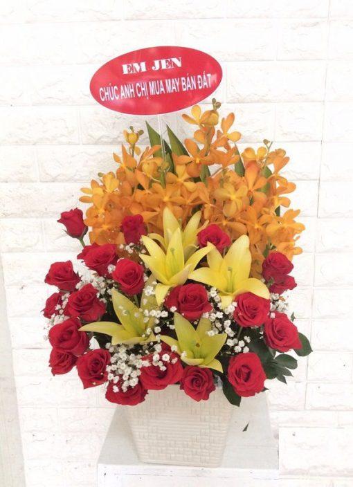 mẫu hoa chúc mừng quán ăn