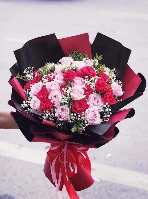 Bó hoa hồng phấn đỏ