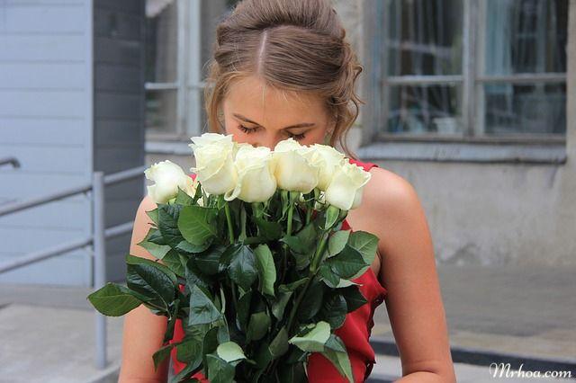 tang hoa hong trang