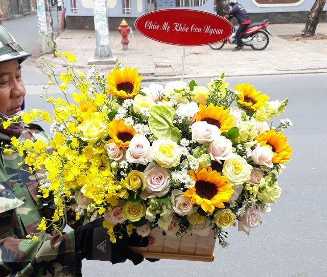 Tiệm hoa hòa bình bạc liêu