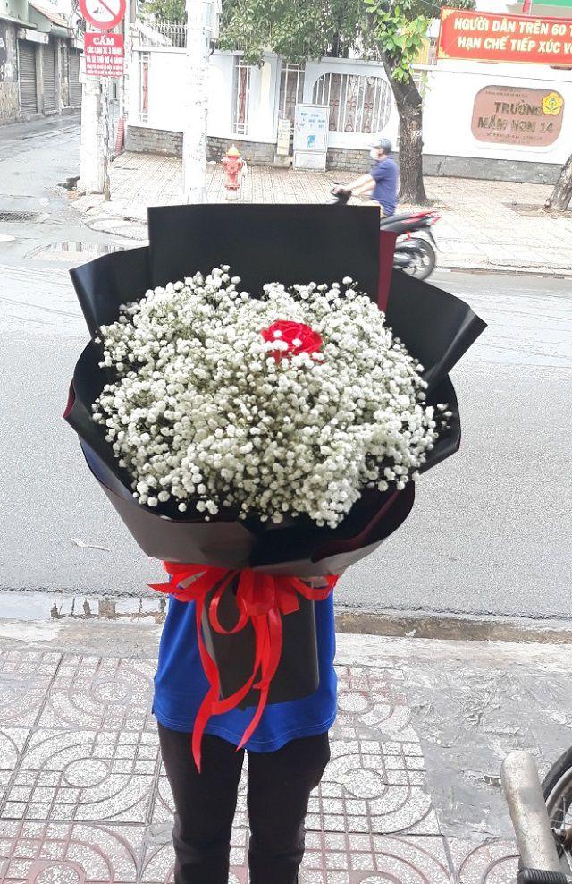 tiệm hoa từ sơn