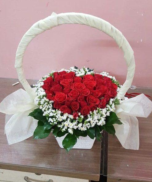 tang hoa hong cho vo
