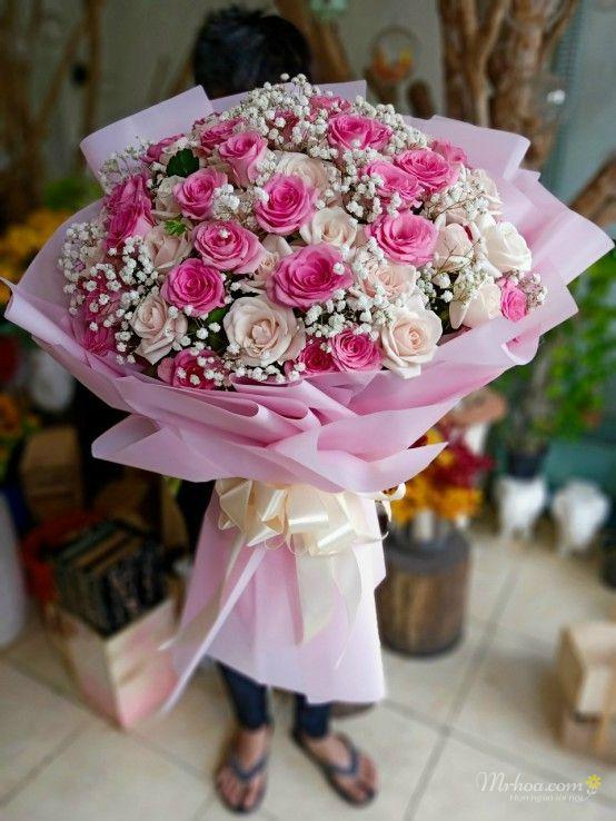 Tặng hoa hồng 8/3 cho bạn gái