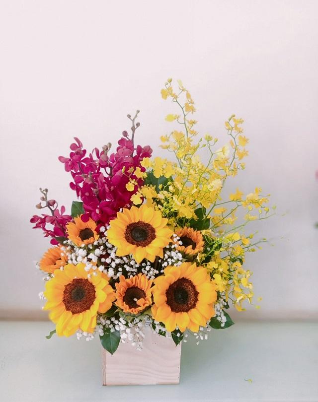 Giỏ hoa tháng 3